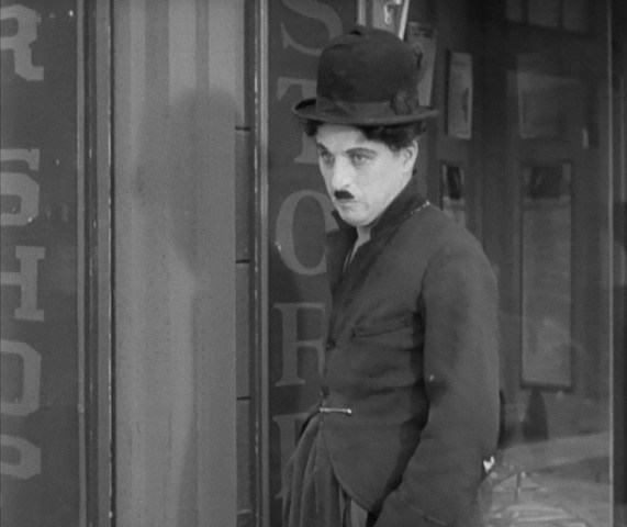 city-lights-1931-charlie-chaplin-silent-movie-review-image-37